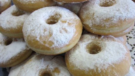 4x veľkonočný recept- šišky, donuty